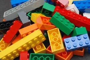 1280px-Lego_Color_Bricks